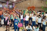 Parte de los niños que asistieron al Encuentro.