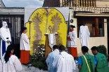 El recorrido dio inicio con media hora de adoración a Jesús Sacramentado.