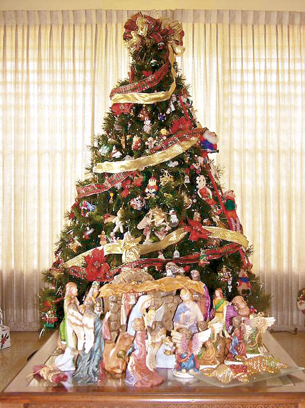 El rbol de navidad semanario fides - Fotos arboles navidenos ...