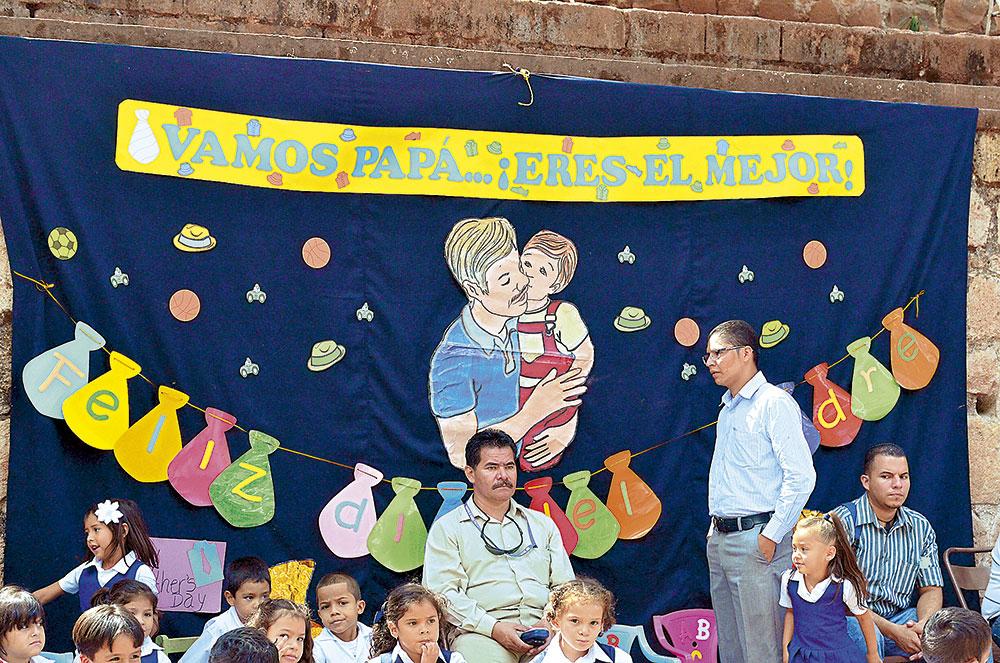 Murales Para El Dia Del Padre En Inicial | MEJOR CONJUNTO DE FRASES
