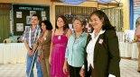 Este grupo de maestros, junto a doña  María Ochoa,  recibieron un reconocimiento  por su arduo trabajo dentro de la institución.