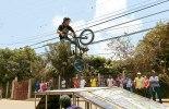 Fueron muchos los jóvenes, que hicieron la exhibición de bicicletas BMX.
