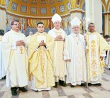Una gran celebración por los nuevos sacerdotes diocesanos.