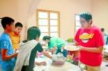 Se contó con un equipo de cocina, que ayudó a los campistas con la alimentación.