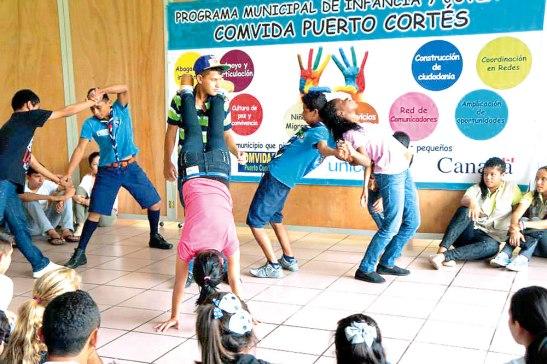 02-Las rondas tradicionales forman parte de integrar a los menores en esta campaña de Retorno a la Alegría.