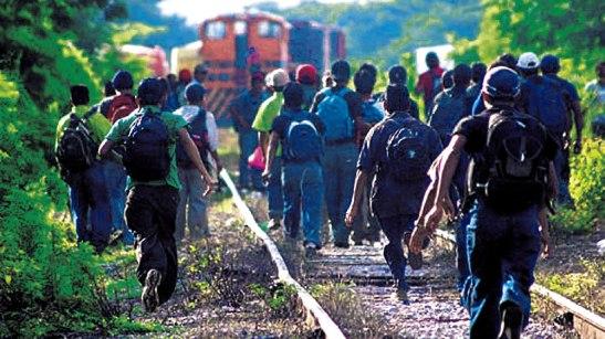 Se pretende brindar educación virtual a los migrantes hondureños en el extranjero que no han podido culminar sus estudios de diversificado.
