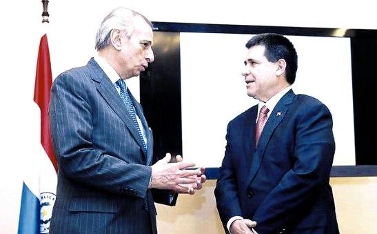 El doctor Alberto Gasbarri, reunido el lunes 23 con el presidente Carlés.