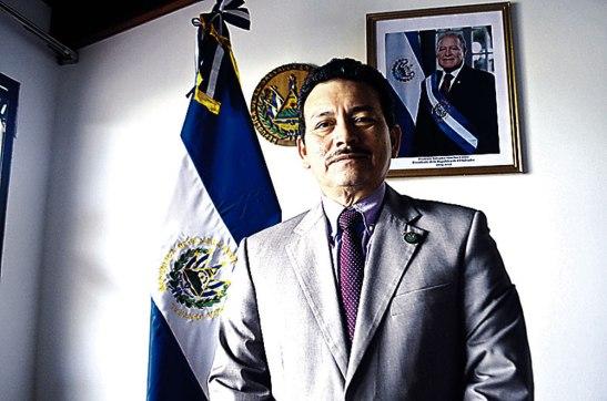 Carlos Pozo, embajador de El Salvador en Honduras.