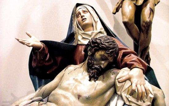 """Con sólo ver el rostro de María en una imagen  podemos sentir esa fuerza del Espíritu Santo que nos dice """"Hagan lo que Él les diga""""."""