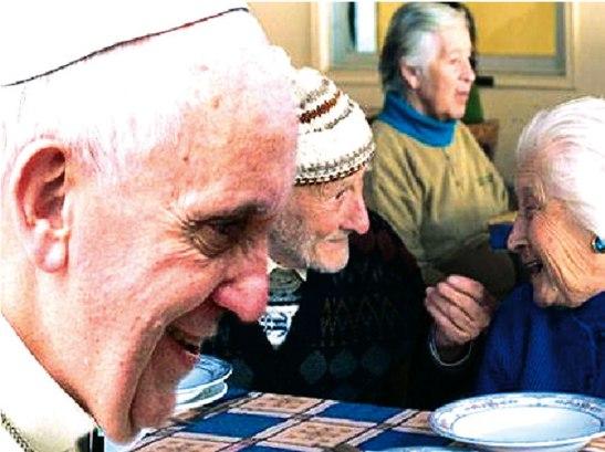 El número de los ancianos se ha multiplicado, expresó,  pero nuestras sociedades no se han organizado lo bastante para hacerles sitio.