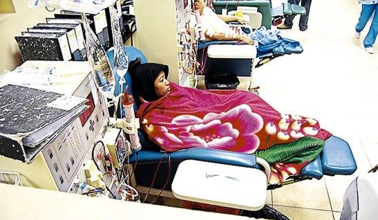 En el Hospital Escuela se manejan cifras de alrededor de 500 personas en adultos y en pediatría aproximadamente 47 personas según Sierra.