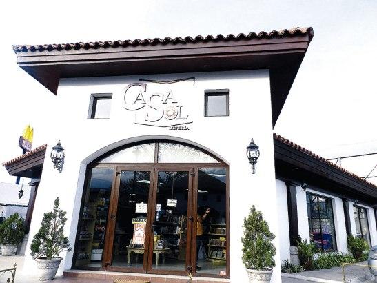 En la librería Casa Sol, ubicado en el bulevar Suyapa de Tegucigalpa encontrara un CD diferente cada mes.