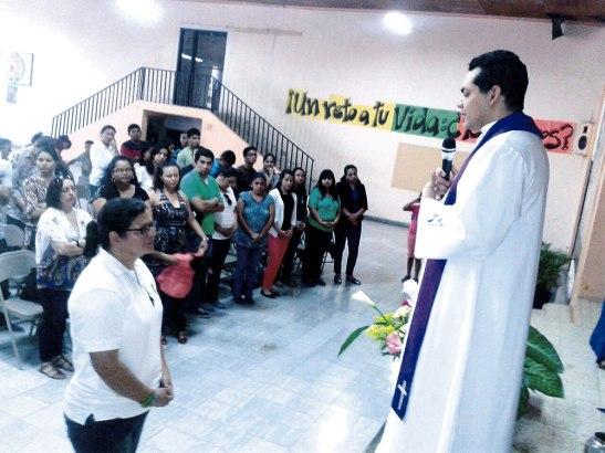 Momento es que es enviada a misionar por el padre Jorge Castillo, director las Obras Misionales Pontificias en la Arquidiocesis.