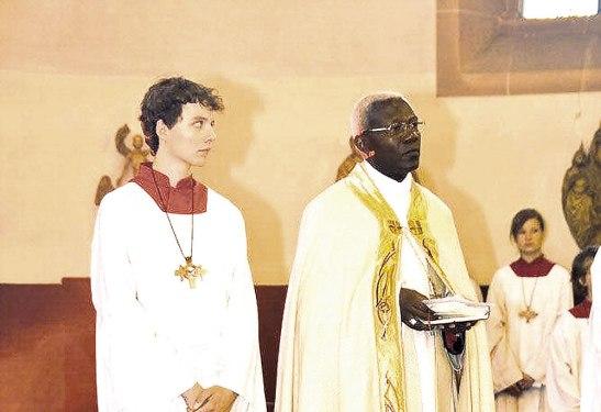 """Para la creación de la nueva Diócesis en Danlí, """"esperamos que este nuevo Nuncio se ponga las pilas"""" dijo el Cardenal Rodríguez."""