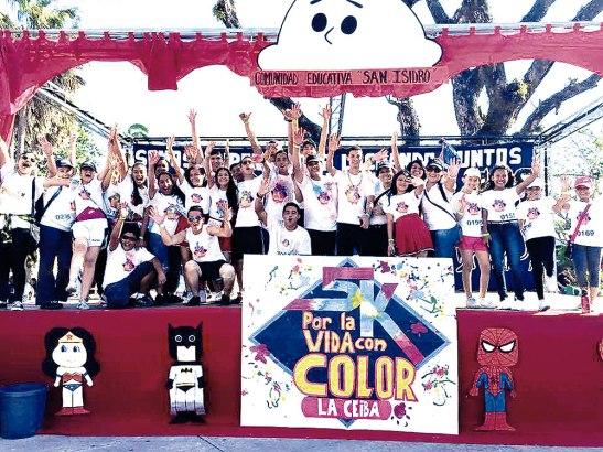 La comunidad de San Isidro, le puso el toque de alegría.