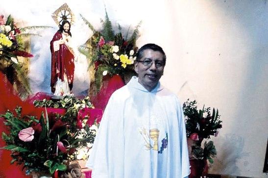 El  párroco German Flores Méndez presidió la Eucaristía donde se oró  por  sus 23 años de vida sacerdotal.