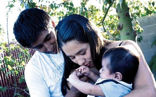 """Los cristianos, cuando se casan """"en el Señor"""", son transformados en un signo eficaz del amor de Dios."""