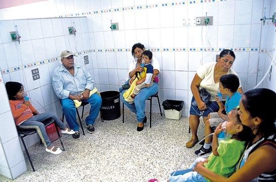 Los niños y ancianos son los más afectados con el aumento de la temperatura. Alrededor de 35 niños asisten diariamente al HEU a nebulizarse.