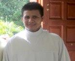 Carlos Francisco Hernandez  ganador del 1º lugar en poesía.