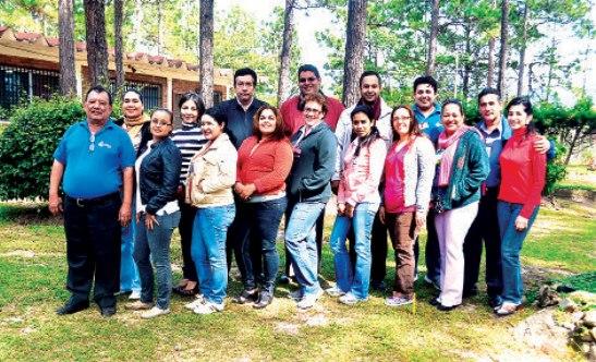 Gran parte de los integrantes del Semanario Fides, después de una jornada de formación.