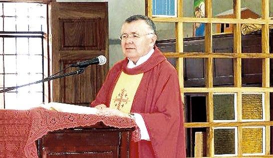 Padre Alfonso Esteban Fuentes, párroco de San Jerónimo, Comayagua.