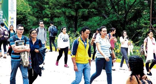 Honduras festeja a los estudiantes de hoy que luchan por sacar de la pobreza al país, a través de sus conocimientos.