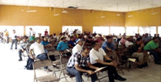 Parte de los asistentes al conversatorio sobre los impactos de la Minería.