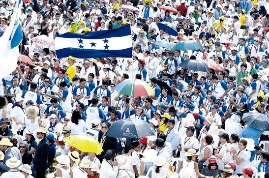 Honduras tuvo bastante representación en esta ceremonia de Beatificación, los seminaristas hondureños estuvieron en un lugar privilegiado.