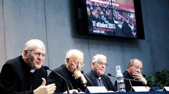 Intervinieron en la presentación los cardenales Lorenzo Baldisseri, Secretario General del Sínodo de los Obispos y Peter Erdo, arzobispo de Esztergom-Budapest (Hungría), relator general de la XIV Asamblea General del Sínodo de los Obispos.