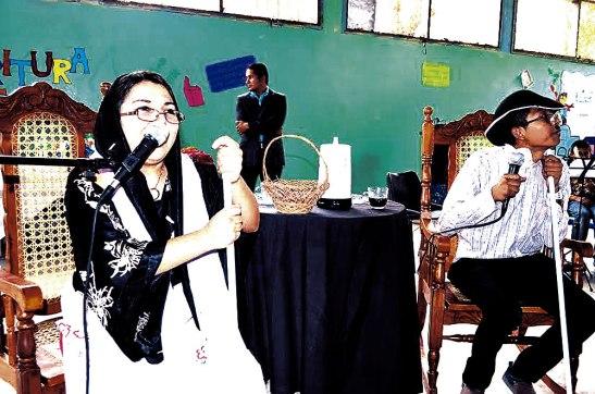 """En la feria del libro """"La silla de los abuelos""""  fue una de las actividades que más gustó a los que asistieron al evento."""