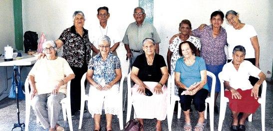 """Los integrantes del Grupo Canas doradas """"Candor"""", son muy constantes en su grupo."""