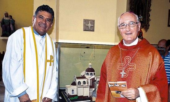 Monseñor Ángel Garachana nombra como párroco al padre José Canales.