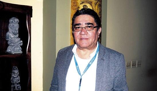 Héctor EspinaL