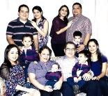 La familia, base de la convivencia humana.