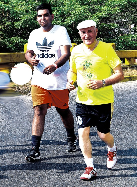 Monseñor Ángel Garachana correrá los 5 km en La Lima.