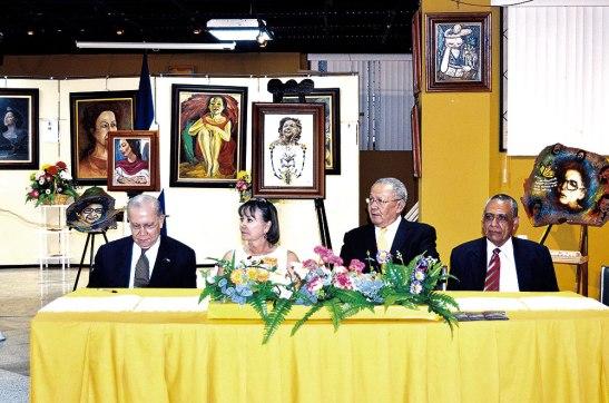 La presentación se realizó en la sede del Club Rotario de esta capital, en el Salón Clementina Suárez.