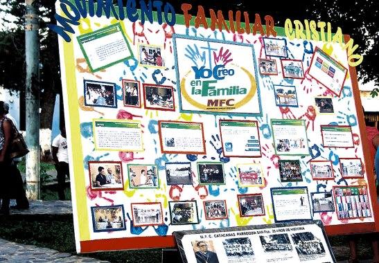 Un aspecto propio de la jornada han sido los murales y áreas informativas preparados por parte de los diferentes grupos de la Iglesia.