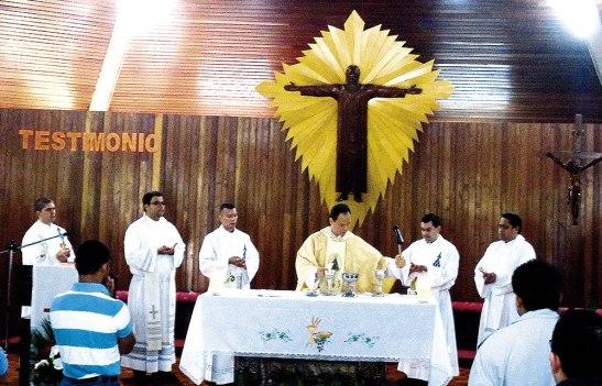 La comunidad eudista sirve incansablemente en la formación de los futuros sacerdotes.
