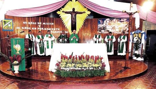 """""""El seminarista debe de ser una persona hábil, lista llena de energía y vigor para poder realizar una buena acción pastoral y no dejarse vencer por el miedo, la flojera o la pereza"""" les dijo Monseñor Guido Charboneau en su mensaje."""