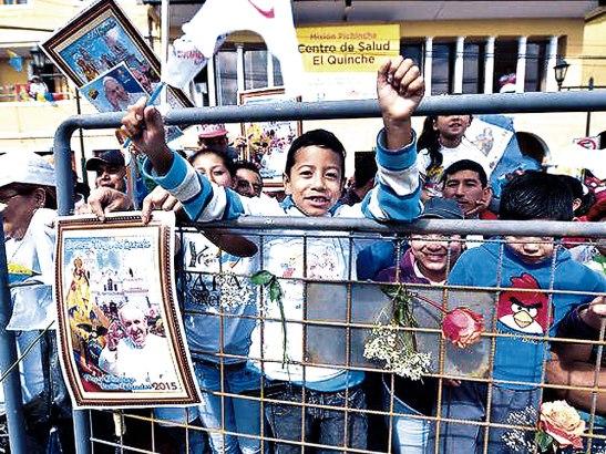 Con mucha alegría hispanos esperan la visita del Papa a Estados Unidos.