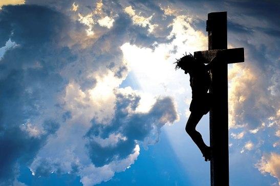 Nosotros recordamos con mucho cariño y veneración la Santa Cruz porque en ella murió nuestro Redentor Jesucristo.