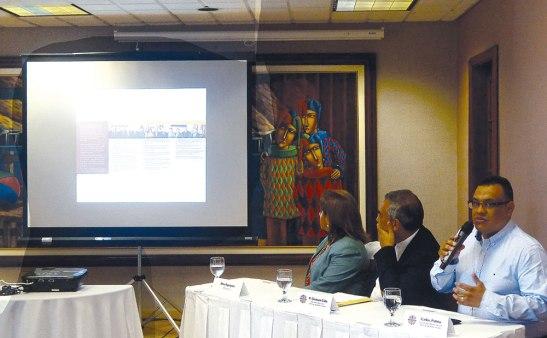 Miembros de Cáritas Honduras, y del programa Impactos, en el lanzamiento de la Campaña.