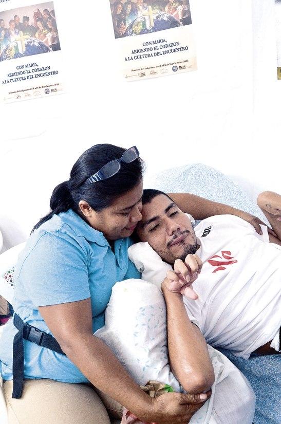 """""""Mi niño es bendición y como no darle gracias  a Dios""""  palabras de Nidia Hernández mamá de Oscar."""