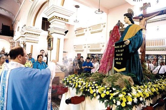 Esta celebración a Nuestra Señora de los Dolores, fue presidida por el párroco Alex Hernández.