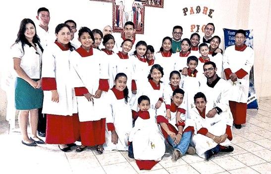 Grupo de Acolitos.