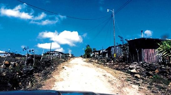 Pobladores de las colonias Ciudad Guzmán y Altos de la Laguna serán beneficiados con estos proyectos.
