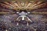 Más de 20 mil personas se reunieron en Madison Square Garden donde el Papa Francisco ofició la Eucaristía de despedida por esta ciudad.