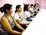 Algunas mujeres sobrevivientes del Cáncer de Mama, dijeron presente para compartir el testimonio de una vida nueva.